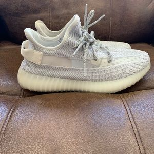 ed115f43d Women s Yeezy Size 8 on Poshmark